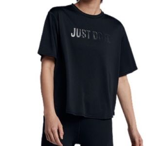 Nike Dry Graphic top